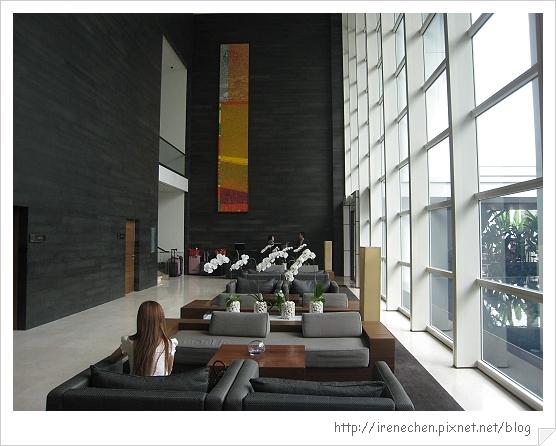 2010曼谷019-Pullman King Power飯店lobby.jpg