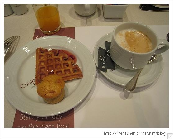 2010曼谷053-Pullman King Power早餐.jpg