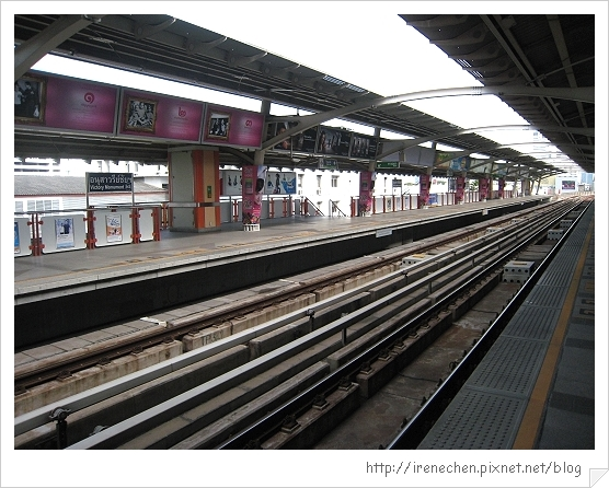 2010曼谷101-BTS月台.jpg