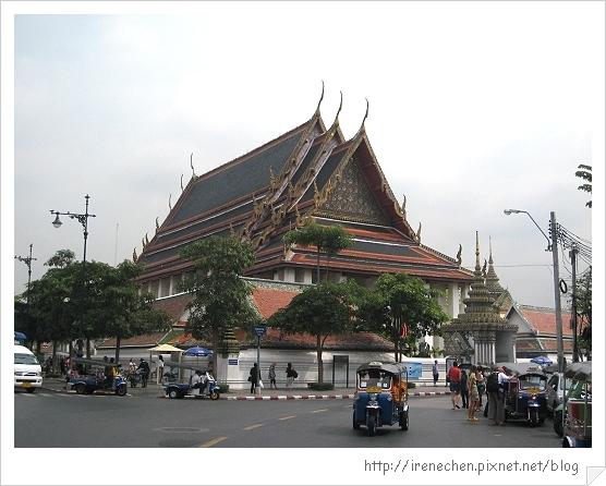 2010曼谷130-臥佛寺.jpg