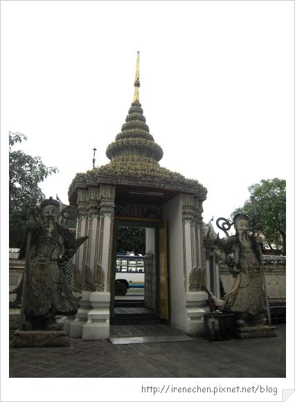 2010曼谷132-臥佛寺.jpg