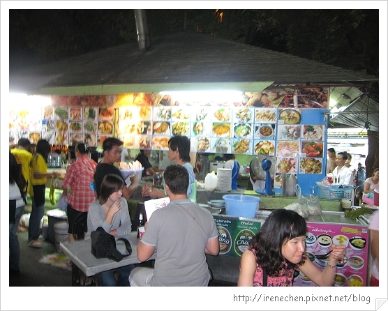 2010曼谷180-桑崙夜市大排檔.jpg