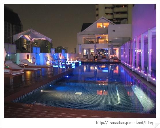 2010曼谷261-Dream2 泳池.jpg