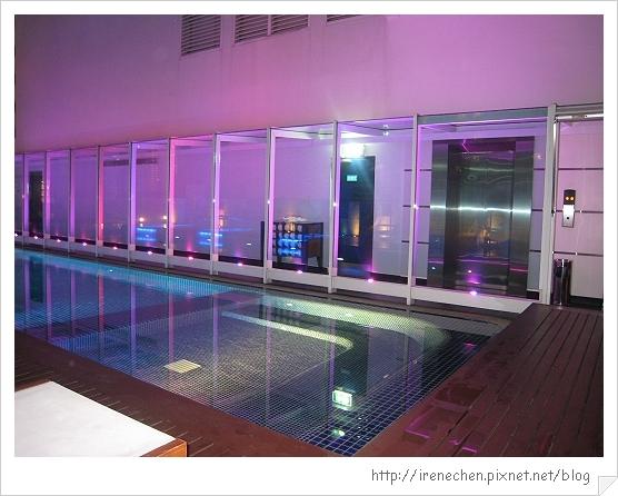 2010曼谷262-Dream2 泳池.jpg