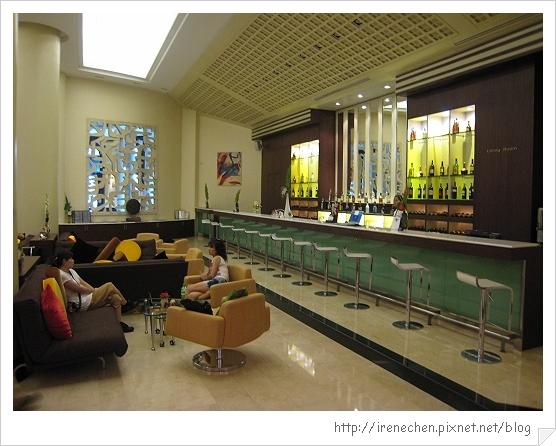 2010曼谷302-Davis Hotel-Corner Wing.jpg