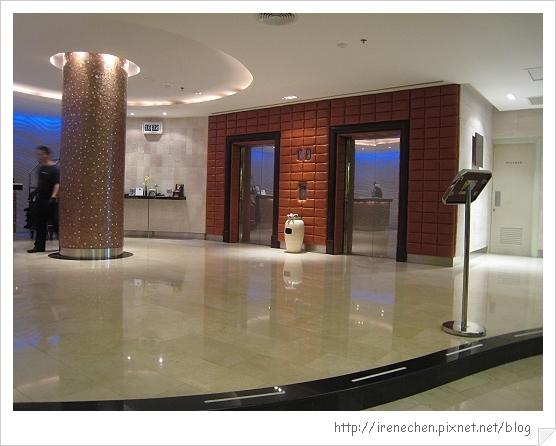 2010曼谷305-Davis Hotel-Corner Wing.jpg