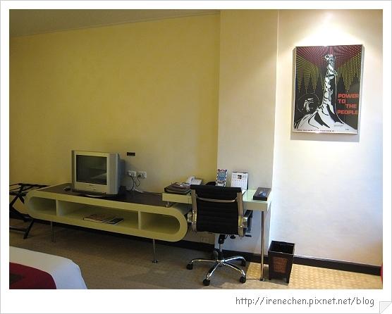 2010曼谷309-Davis Hotel-Corner Wing.jpg