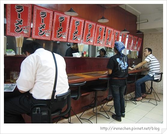 2010曼谷332-24巷拉麵店.jpg