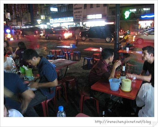 2010曼谷343-路邊美食.jpg