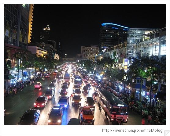 2010曼谷350-奇隆站商圈.jpg