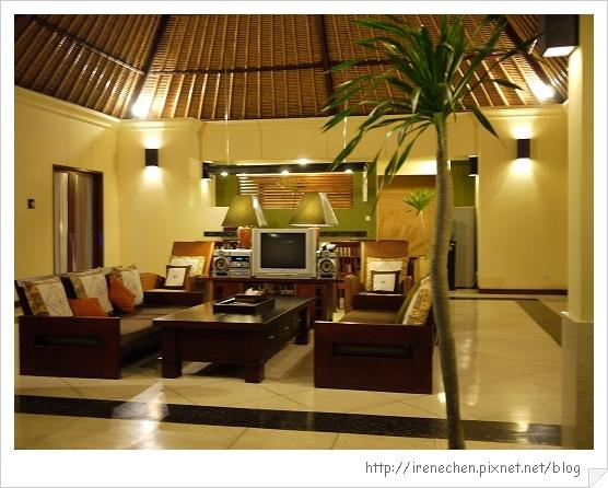 Bali387-MUTIARA JIMBARAN Villa.jpg