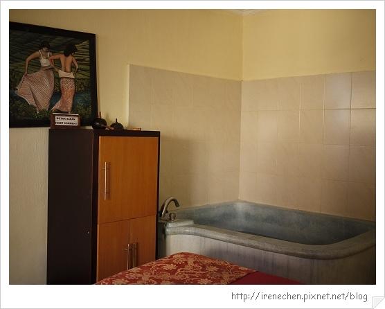 Bali380-Inna飯店SPA房間.jpg