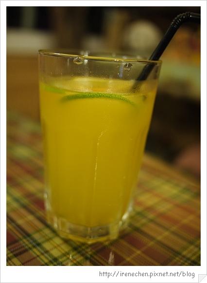香緹庭園咖啡15-果汁.jpg