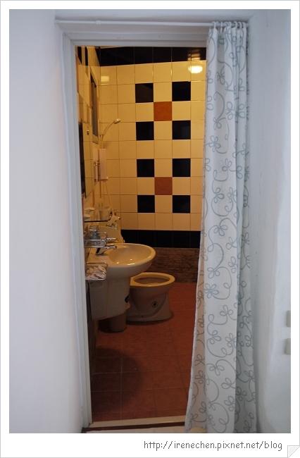墾丁米克諾斯民宿09-浴室.jpg