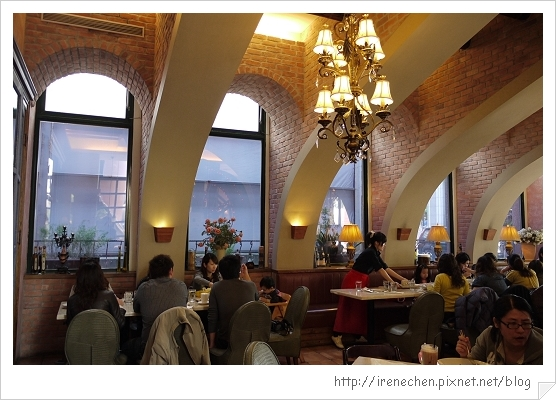 小義大利莊園12-用餐區.jpg
