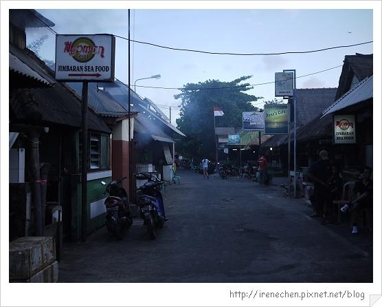 Bali480-金巴蘭海灘.jpg
