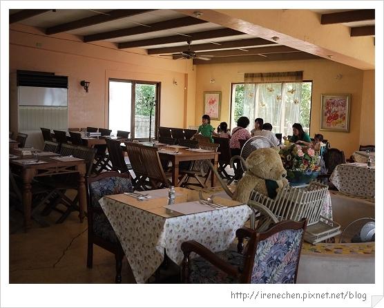 洞天法國農莊05-餐廳內.jpg
