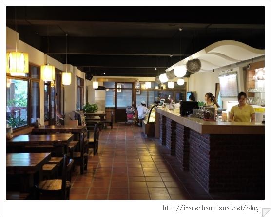 台北花卉村07-萊茵庭園咖啡室內.jpg