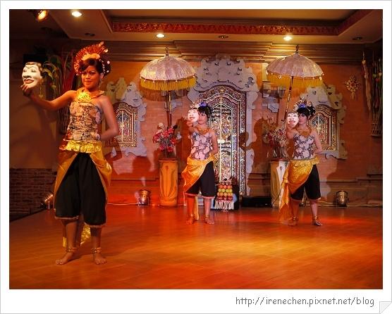 Bali212-珍寶餐廳BALI傳統舞蹈表演.jpg