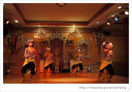 Bali213-珍寶餐廳BALI傳統舞蹈表演.jpg