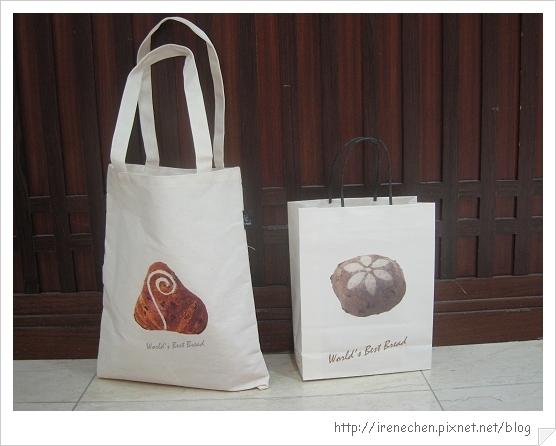 米釀荔香麵包04-荔香袋和紙袋.jpg