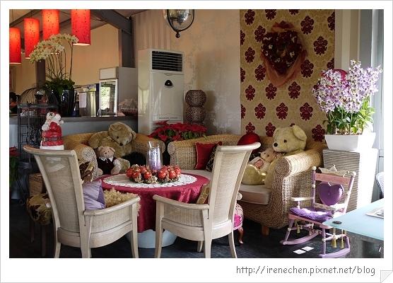 紫蝶花影08-餐廳內部.jpg
