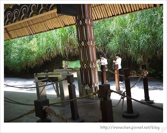 Bali316-野生動物園(門票查驗).jpg