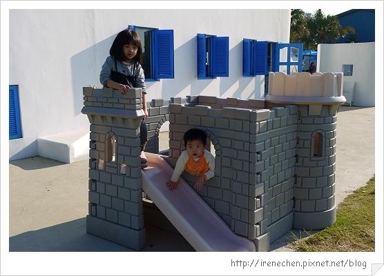 卡托米利08-小朋友的小城堡.jpg