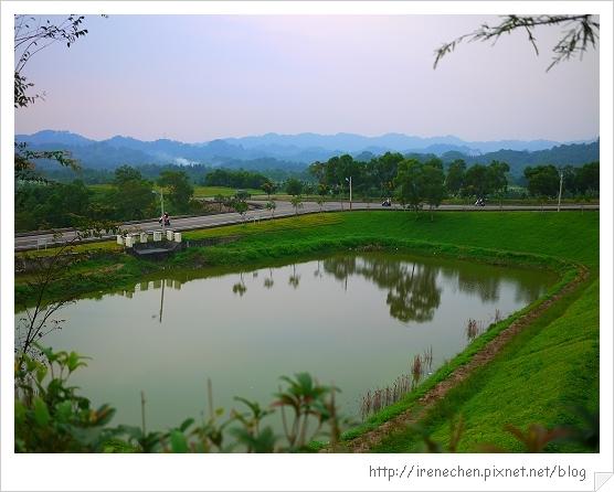心之芳庭06-美麗的水池.jpg