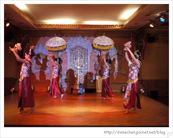 Bali210-珍寶餐廳BALI傳統舞蹈表演.jpg