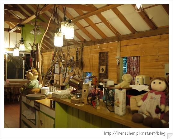 香緹庭園咖啡08-室內座位區.jpg