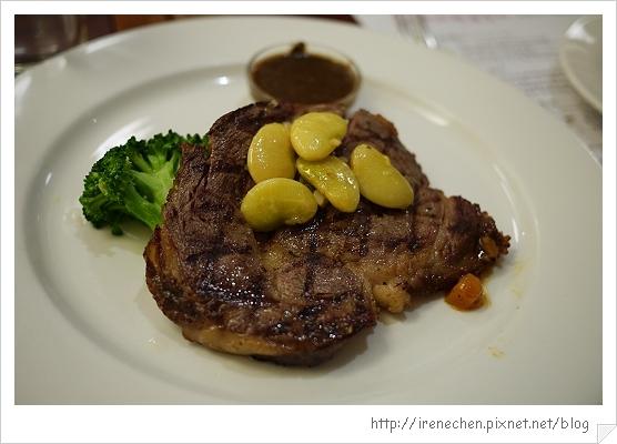 莎莉經典美食11-美國頂級肋眼牛排.jpg