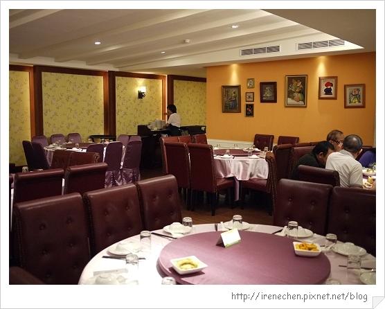 新店龍門歐洲會館04-2樓餐廳.jpg