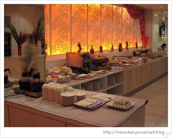 維多利亞西餐廳04-自助式取餐區.jpg