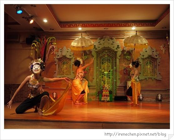 Bali214-珍寶餐廳BALI傳統舞蹈表演.jpg