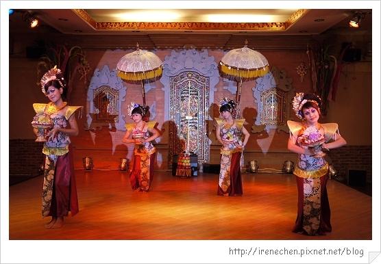 Bali211-珍寶餐廳BALI傳統舞蹈表演.jpg