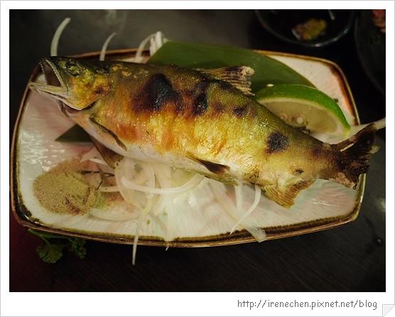 三峽八條壽司27-烤香魚.jpg