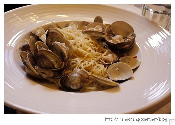 小義大利莊園22-白酒蛤蜊天使麵.jpg