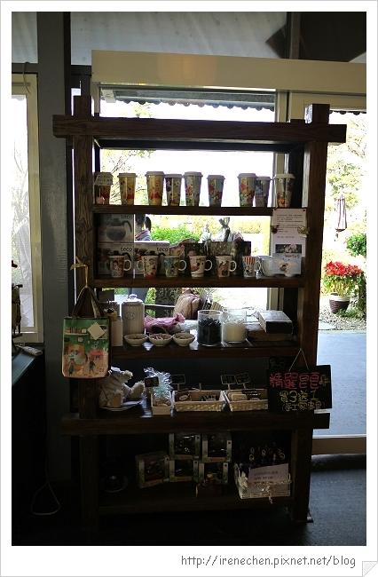 紫蝶花影06-餐廳內部.jpg