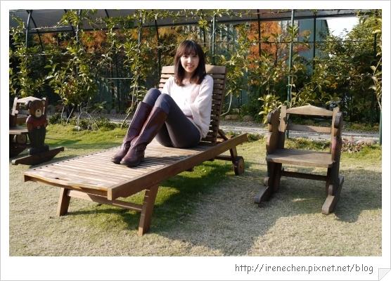 紫蝶花影30-躺椅真不錯.jpg