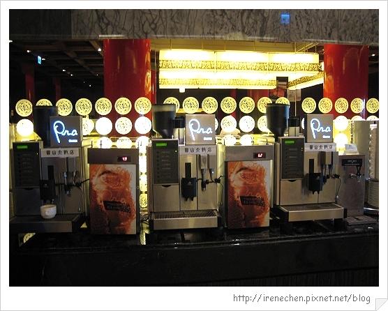 圓山飯店松鶴廳自助餐14-飲料區.jpg