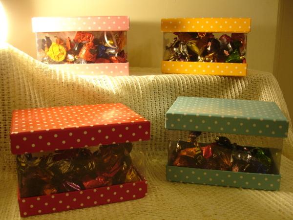 方型點點禮盒總覽.JPG