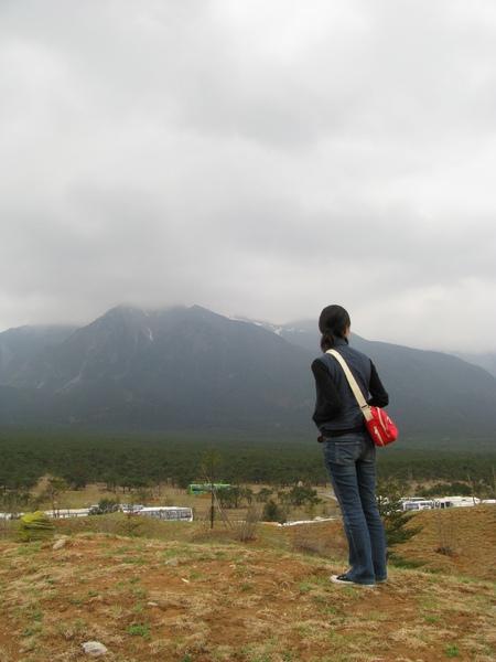 雲南印象後的小山坡