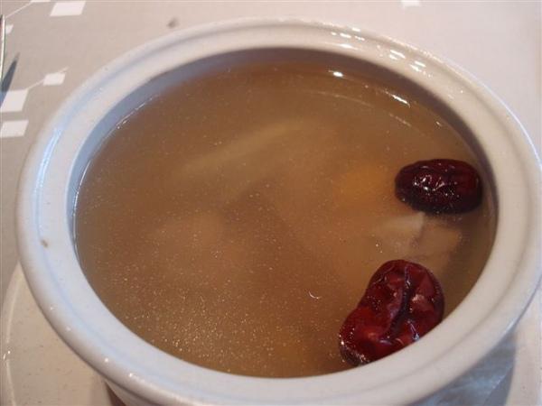 陶板套餐5_牛蒡雞肉湯.JPG