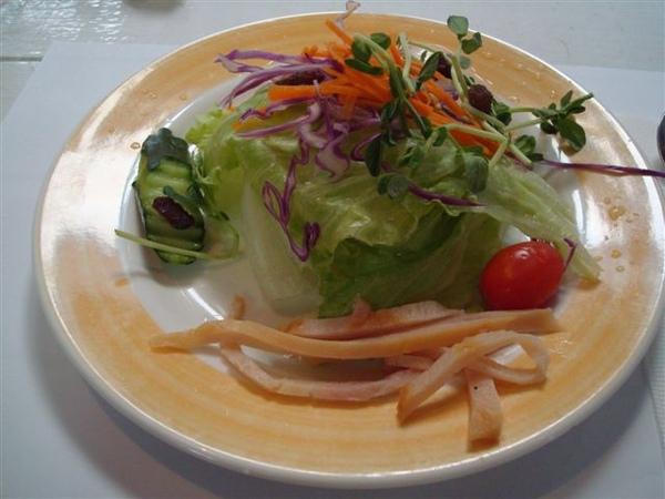 雙魚花園餐1_沙拉.JPG