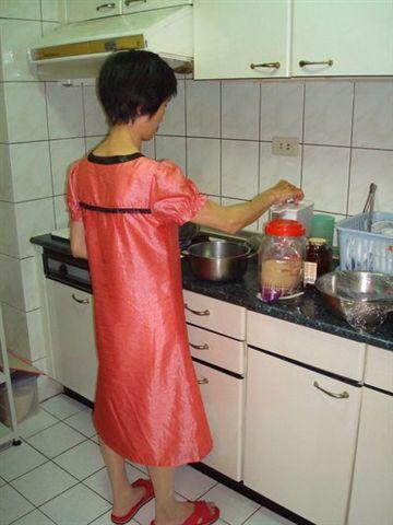 姑姑們1_小姑煮甜湯.JPG