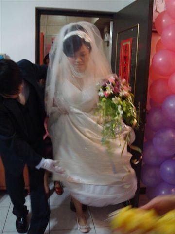 婚禮行進中2_過火爐.JPG