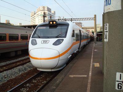 太魯閣列車2.JPG