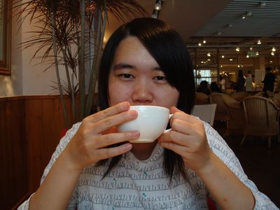 阿嘟2_喝茶中.JPG