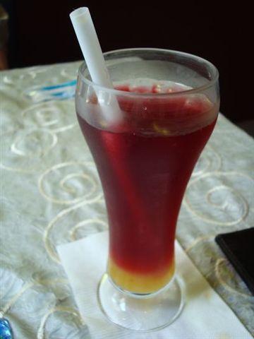 聖托里尼餐7_水果茶.JPG